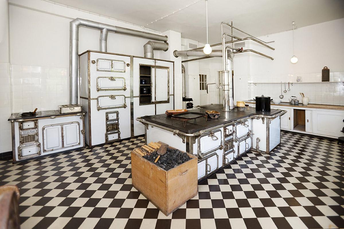 Kitchen in Bebenhausen Palace. Image: Staatliche Schlösser und Gärten Baden-Württemberg, Christoph Hermann