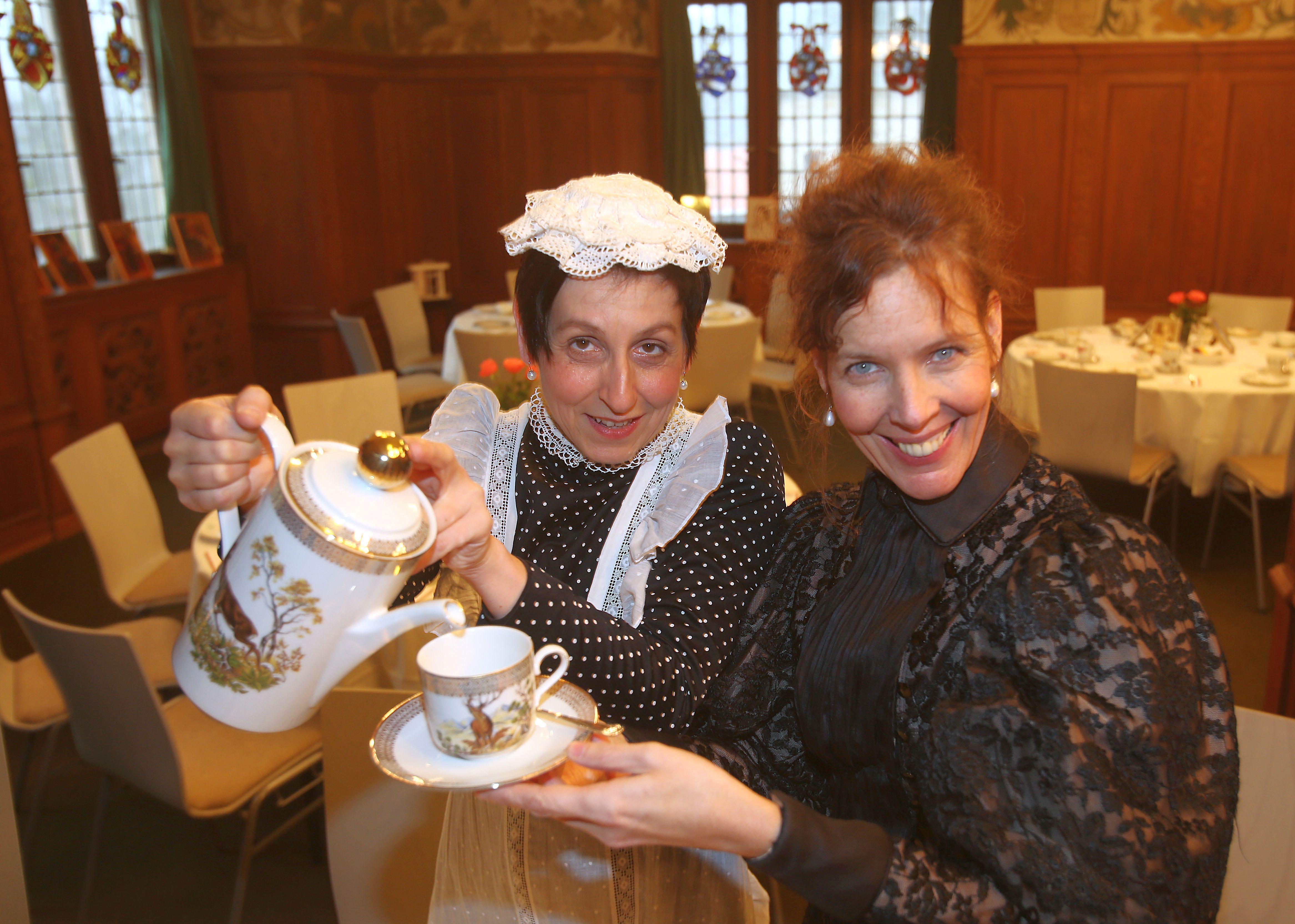Kaffee und Kuchen in Schloss Bebenhausen