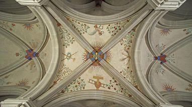 Ausgemaltes romanisches Kreuzrippengewölbe, 1225 entstanden, Kloster Bebenhausen; Foto: Staatliche Schlösser und Gärten Baden-Württemberg, Arnim Weischer