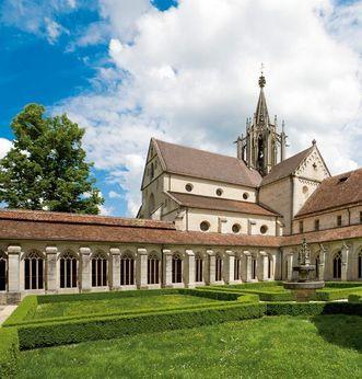 Außenansicht von Kloster und Schloss Bebenhausen