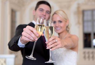 Romantic wedding; Photo: amea design