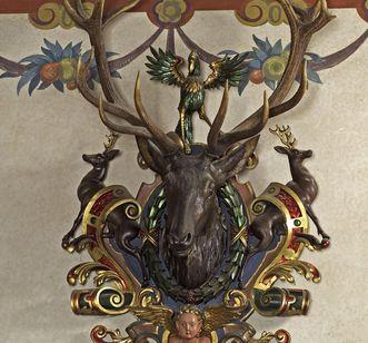 Deer antlers in the Blue Hall in Bebenhausen Palace. Image: Staatliche Schlösser und Gärten Baden-Württemberg, Arnim Weischer