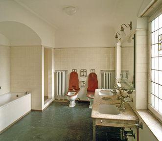 Queen Charlotte's bathroom in Bebenhausen Palace. Image: Staatliche Schlösser und Gärten Baden-Württemberg, Arnim Weischer